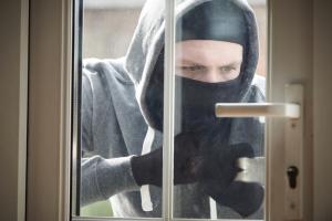 Zo breken inbrekers uw deur open